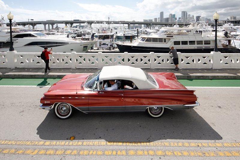 Miami Yacht Show 03